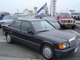 1989 Mercedes Benz 190E LTD front