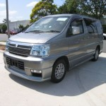 2001 Nissan Elgrand left front