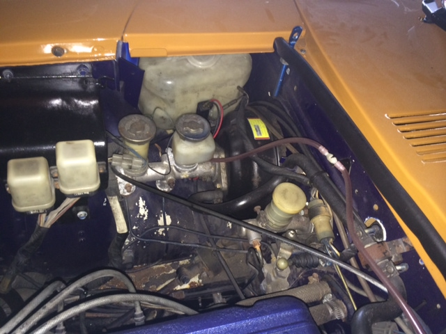 1977 Nissan Fairlady Z S31 coupe engine bay