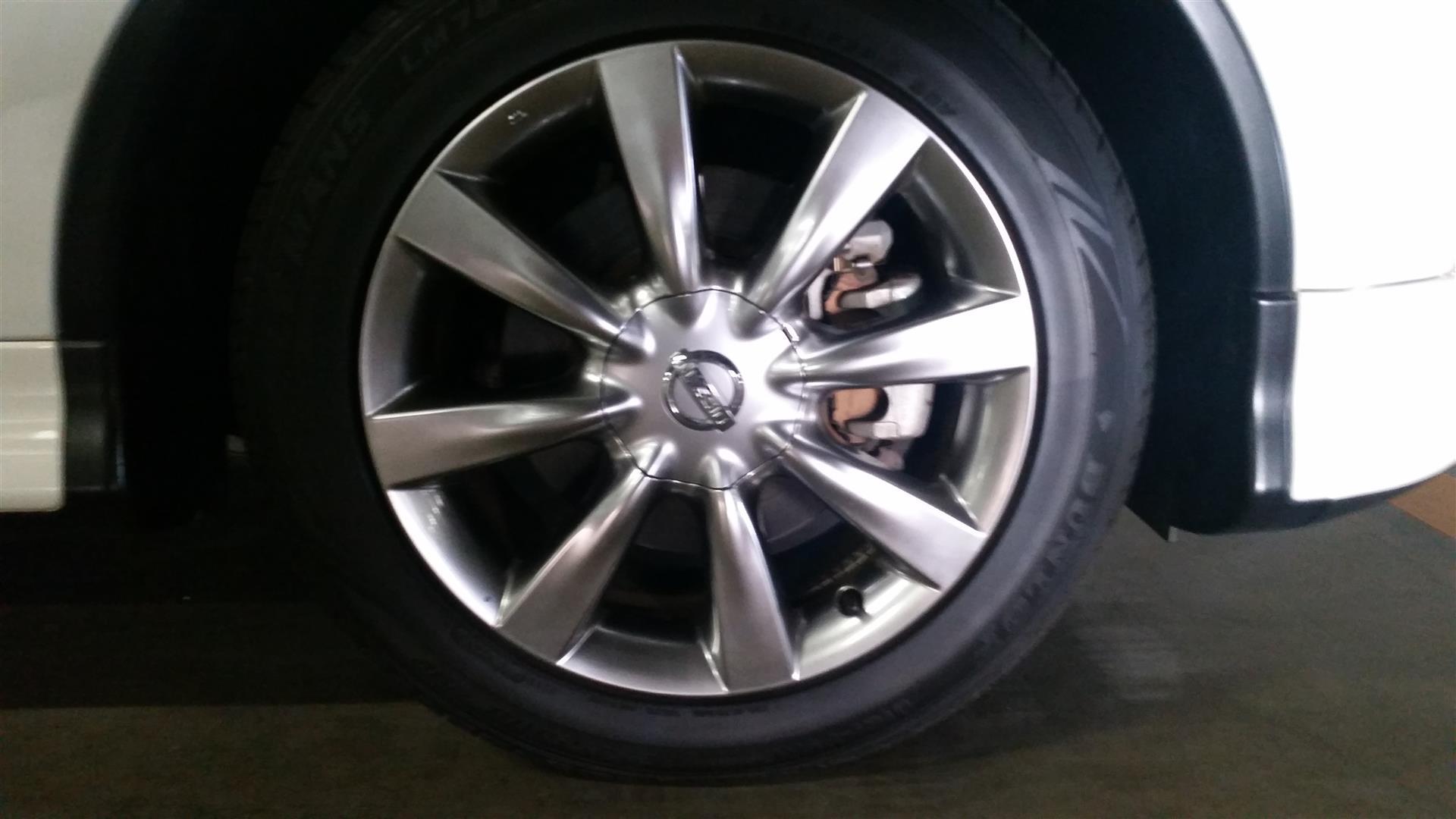 2009 Nissan Skyline Crossover 370GT Premium wheel