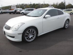 V35 Skyline 350GT Premium 6 speed
