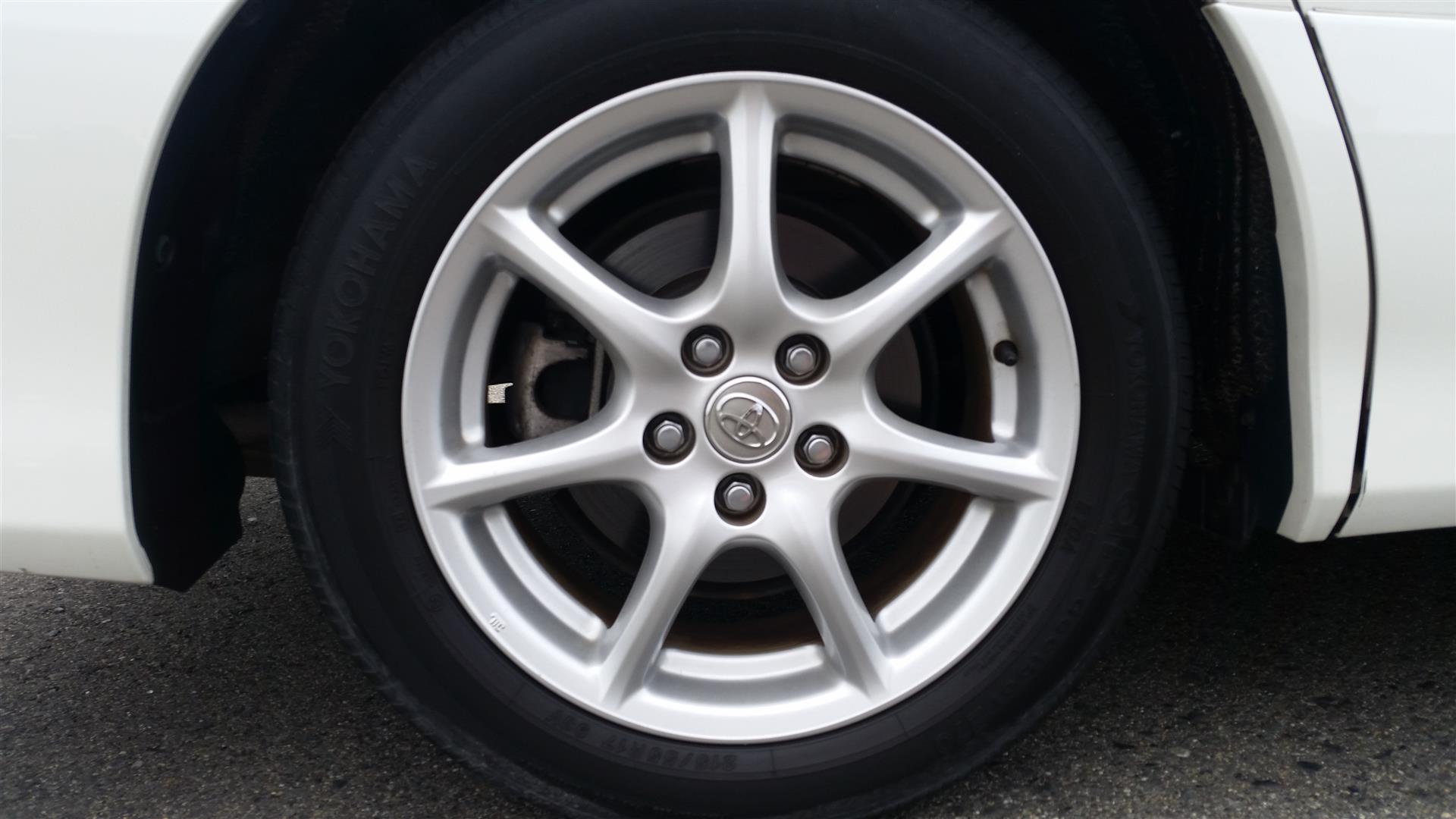 2008 Toyota Estima wheel