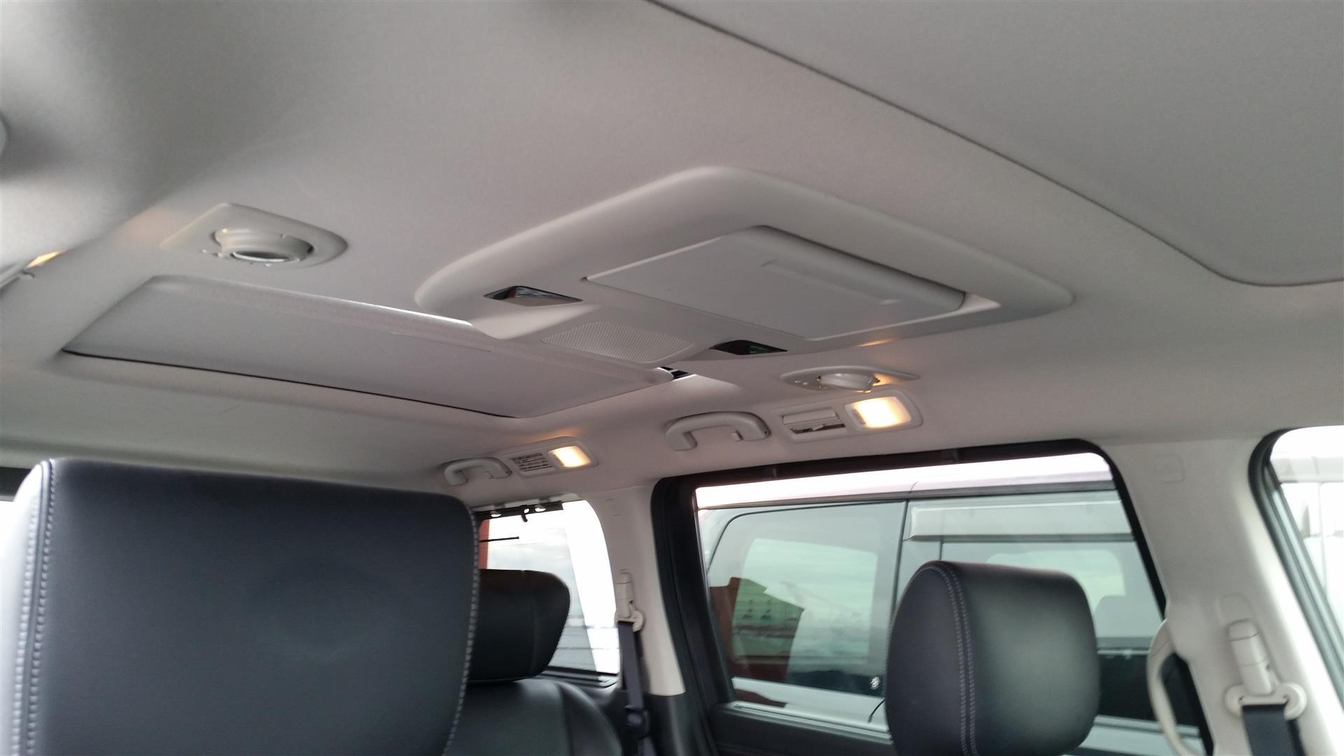 2012 Nissan Elgrand E52 20150627_143608 (Large)