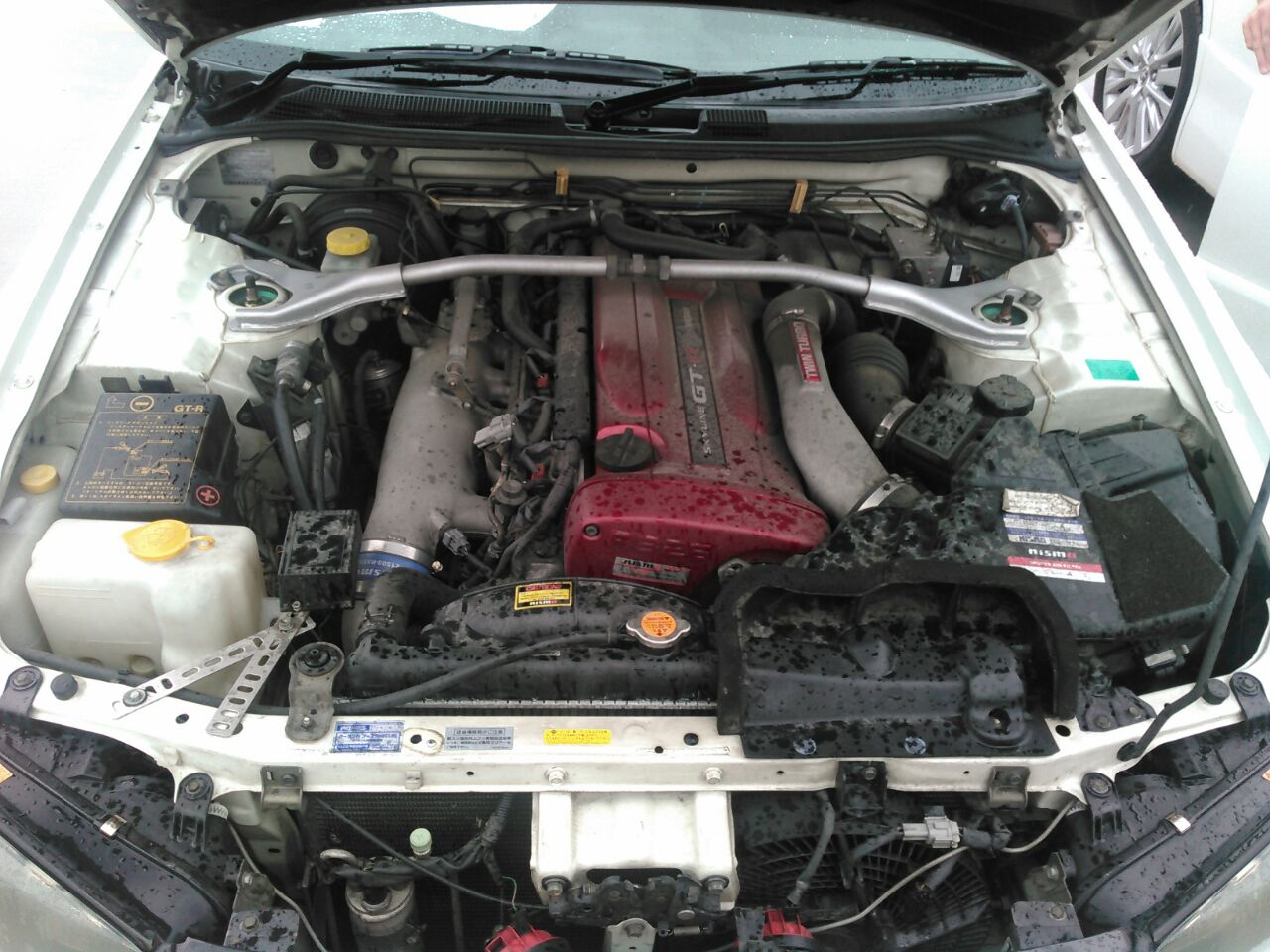 2001 Nissan Skyline R34 GTR VSpec2 engine bay