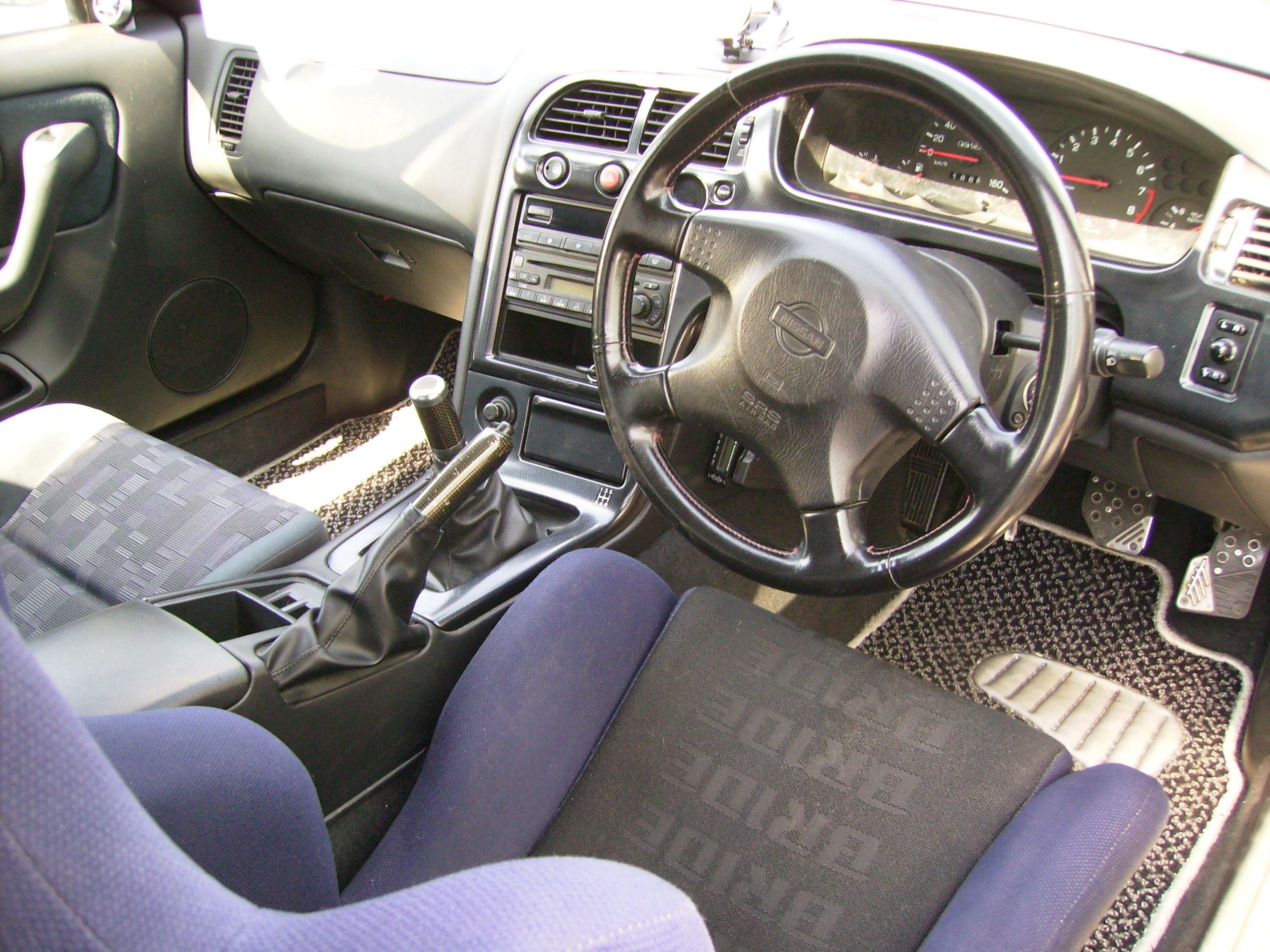 1996 Nissan Skyline R33 Gts-t interior