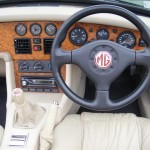 1995 MG RV8 interior