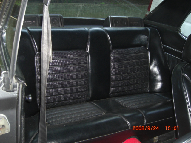 Skyline KGC10 GT coupe Rear seats