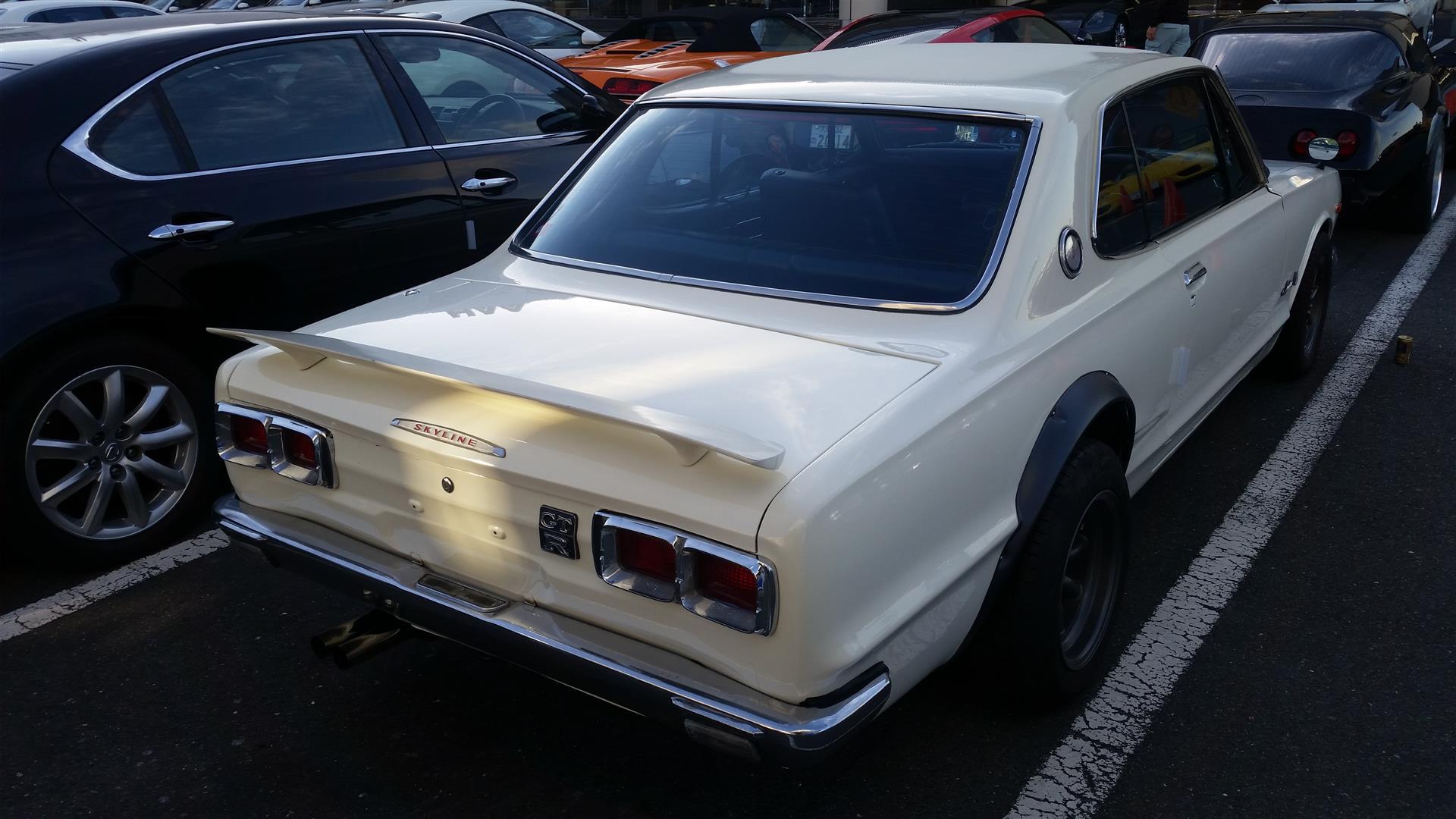 Nissan Skyline KGC10 11