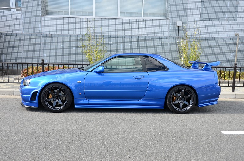 R34 GTR from Global Auto