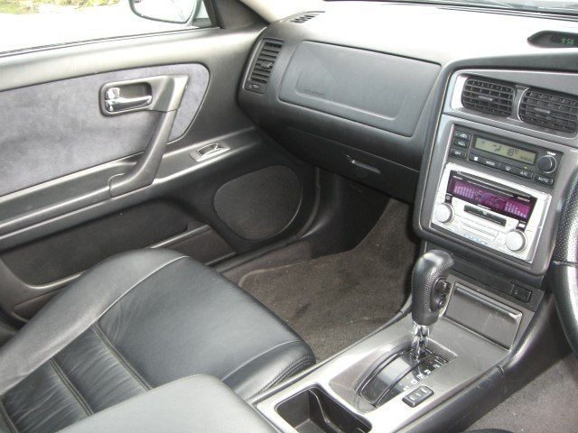 1997 Nissan Stagea RS-4 V 4WD turbo front seats