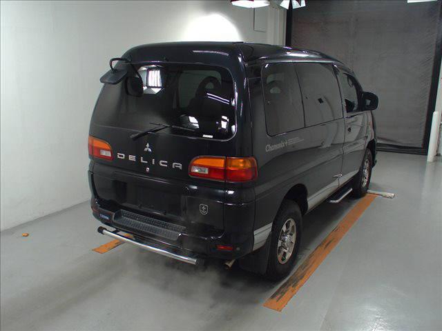 2003 Mitsubishi Delica PD6W Chamonix 7-seater 15
