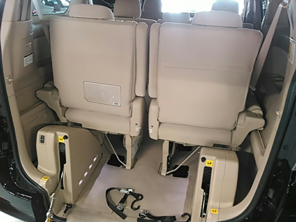 2010 Toyota Vellfire SLOPER WELCAB 8