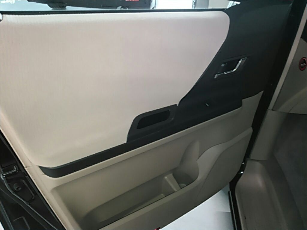 2010 Toyota Vellfire SLOPER WELCAB 30
