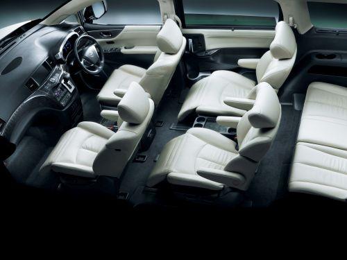 Nissan Elgrand E52 Autech Rider interior