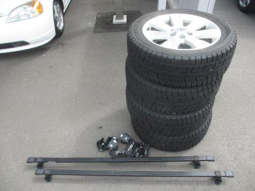 2009 Mitsubishi Delica D5 4WD spare wheels