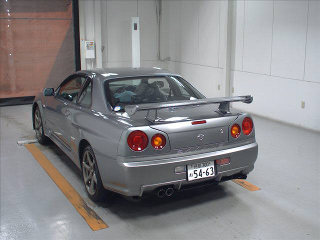 2000 Nissan Skyline R34 GTR V Spec 2 silver auction rear