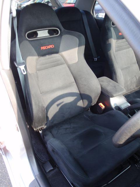 2004 Mitsubishi Lancer EVO 8 MR driver seat