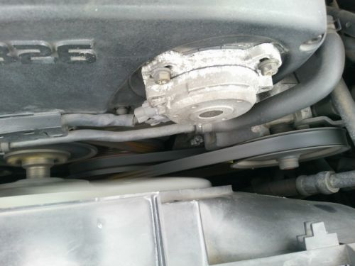 1992 Nissan Skyline R32 GTR silver engine closeup 2