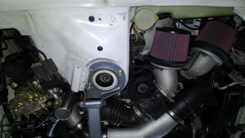 1993 R32 GTR with Fine Spec engine 2009 strut tower