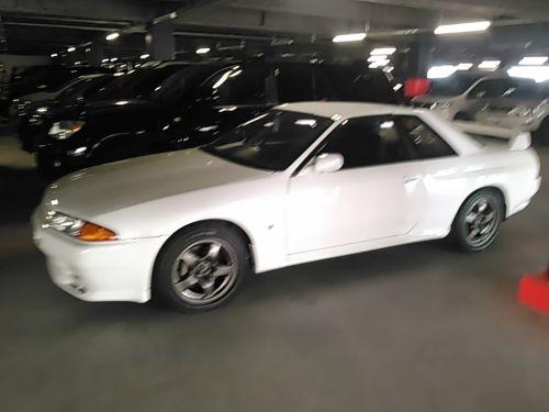 1994 Nissan Skyline R32 GT-R front left side