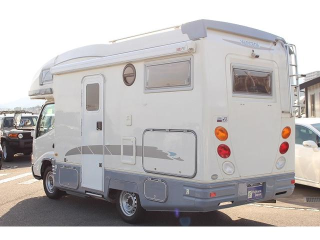 2010 Toyota Camroad motor home rear 2