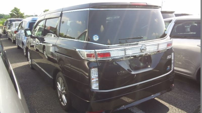 2010 Nissan Elgrand E52 4WD left rear