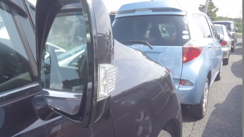 2010 Nissan Elgrand E52 4WD right door mirror
