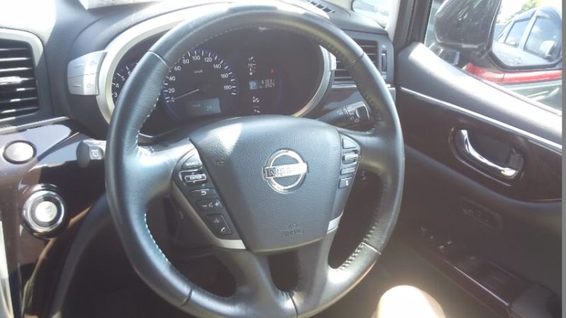 2010 Nissan Elgrand E52 4WD steering wheel