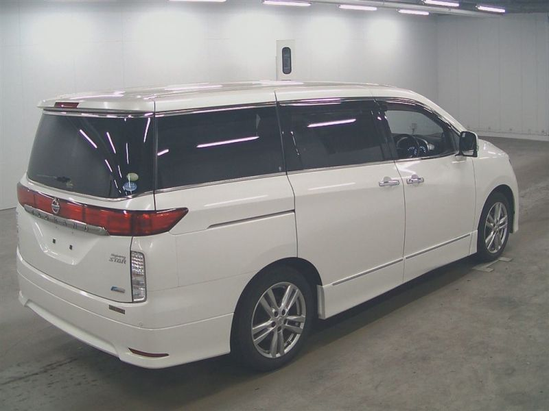 2011 Nissan ELgrand Highway Star Premium 350 4WD auction right rear