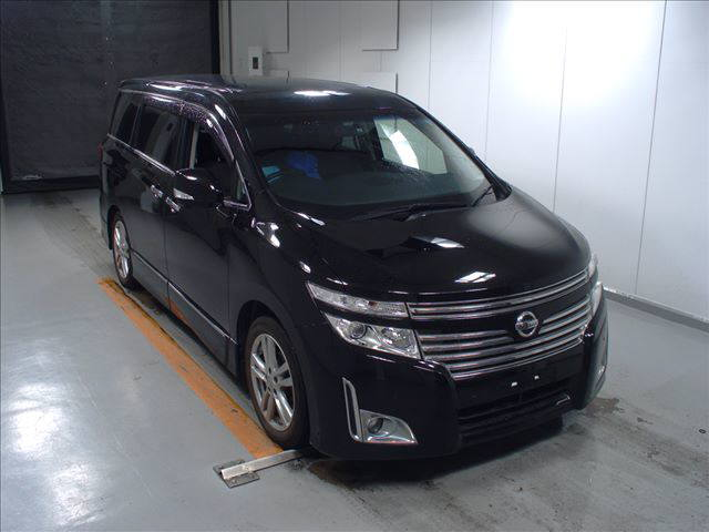 2011 Nissan Elgrand Highway Star Premium 350 4WD black auction front
