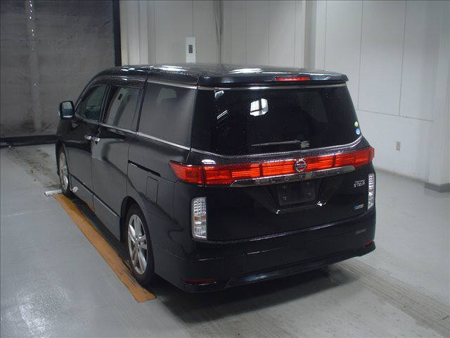 2011 Nissan Elgrand Highway Star Premium 350 4WD black auction rear