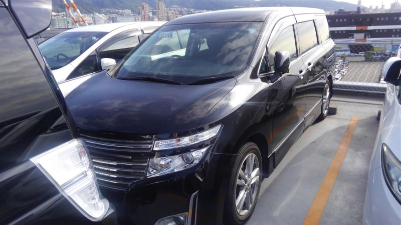 2011 Nissan Elgrand Highway Star Premium 350 4WD black left front