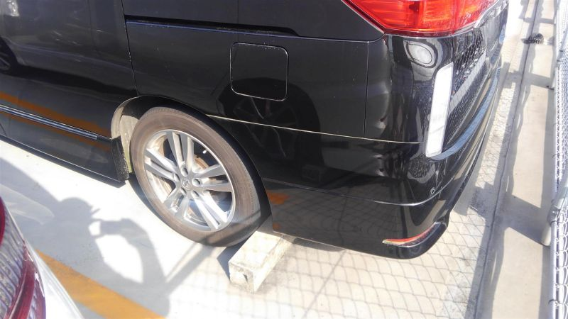 2011 Nissan Elgrand Highway Star Premium 350 4WD black left rear bumper