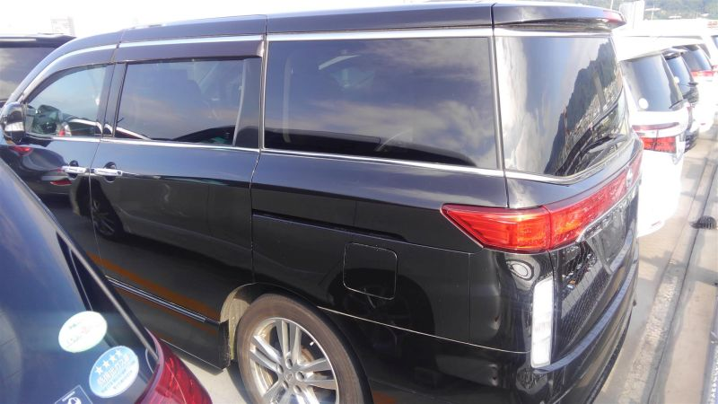 2011 Nissan Elgrand Highway Star Premium 350 4WD black left rear side