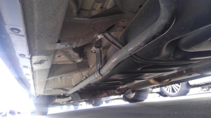 2011 Nissan Elgrand Highway Star Premium 350 4WD black underbody 4