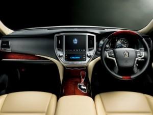 2013 Toyota Crown Majesta S21 interior 3