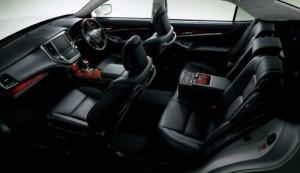 2013 Toyota Crown Majesta S21 interior