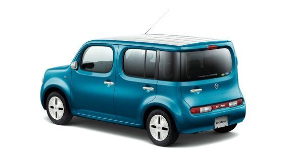 Nissan Cube Z12 blue