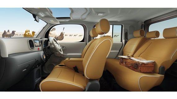 Nissan Cube Z12 interior