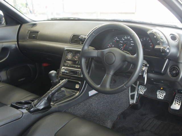Nissan Skyline GTR NISMO spec interior