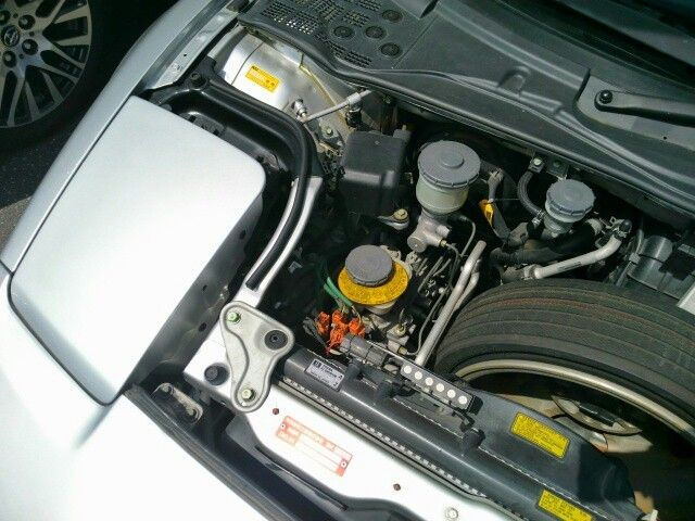 1992 Honda NSX coupe engine bay 3