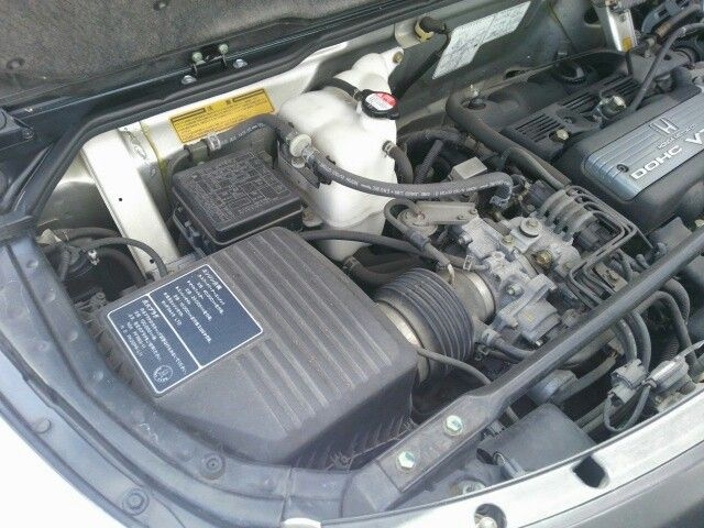 1992 Honda NSX coupe engine bay 7