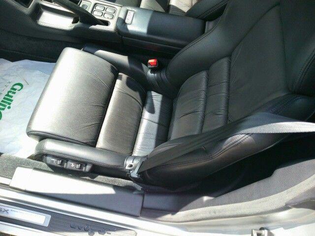 1992 Honda NSX coupe seat 2