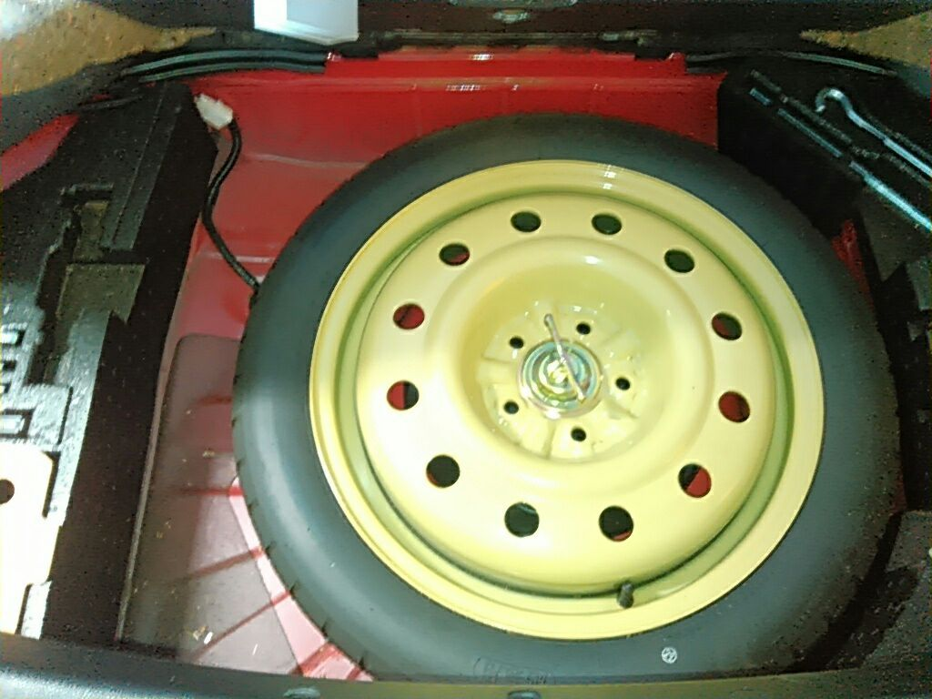 1994 Toyota Supra GZ twin turbo spare tyre 2