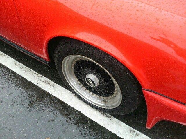 1978-porsche-911-sc-coupe-wheel