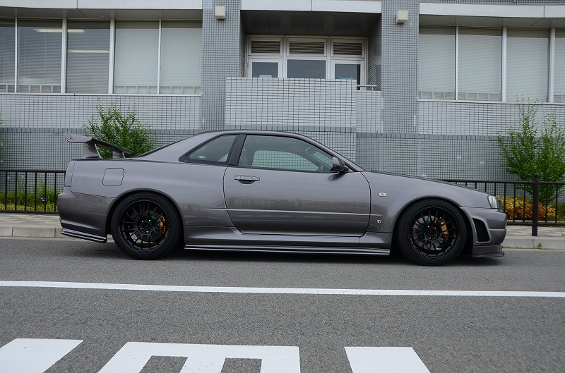 1999-r34-gtr-with-modified-nur-engine-right-side