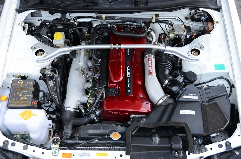 2001-skyline-r34-gtr-vspec-2-engine-bay-3