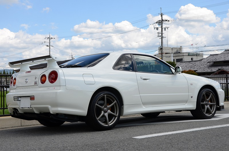 2001 Nissan Skyline R34 GTR right rear