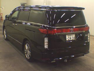 2010-nissan-elgrand-e52-highway-star-350-2wd-black-56