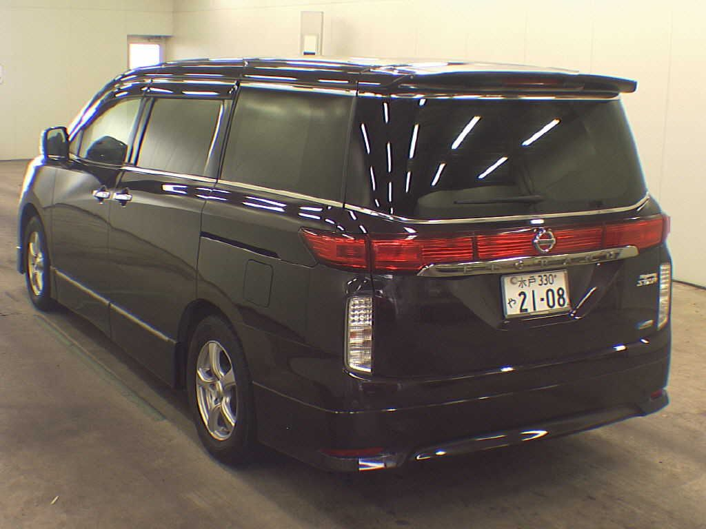2010-nissan-elgrand-e52-highway-star-350-2wd-rear